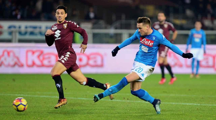 Hamsik equals Maradona record as Napoli go top